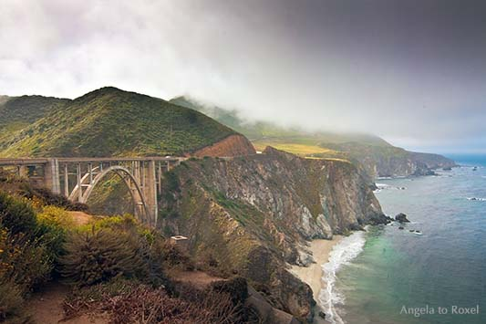 Fotografie: Bixby Bridge, Bogenbrücke am Pazifik, Highway No 1 in Big Sur, Kalifornien 2011 - Architektur und Landschaft, Bildlizenz, Stockfoto