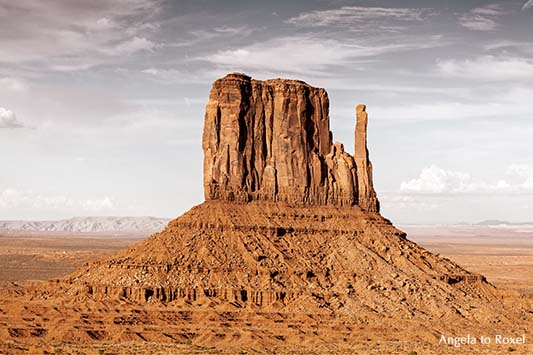 West Mitten Butte im Monument Valley, Navajo-Nation-Reservation, Abendstimmung