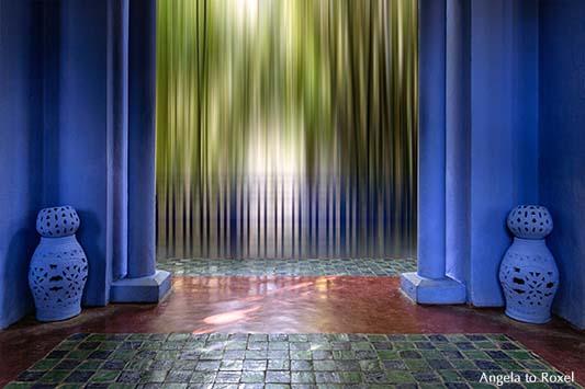 Blauer Pavillon im Jardin Majorelle, Blick in den Garten, Wischtechnik