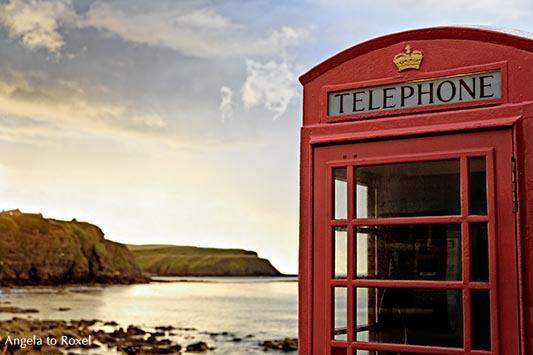 Fotografie: Rote Telefonzelle aus dem Film 'Local Hero' in Pennan, Abendstimmung, Aberdeenshire, Schottland | Angela to Roxel