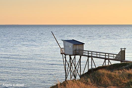 Fotografien kaufen: Traditionelle Fischerhütte auf Stelzen, Abendstimmung an der Jadeküste, Côté de Jade, Loire-Atlantique | Ihr Kontakt: A. to Roxel