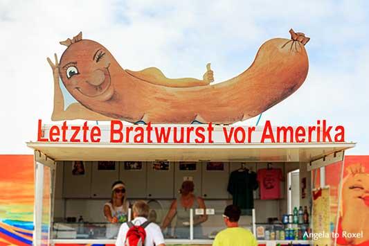 Werbung auf einem Bratwurststand: Letzte Bratwurst vor Amerika, deutsche Bratwurst am Cabo de São Vicente, Algarve, Portugal | Angela to Roxel